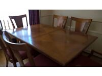 MAPLE DINING TABLE AND 6 CHAIRS