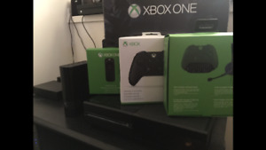 4.5 Terabyte Xbox One + Accessories