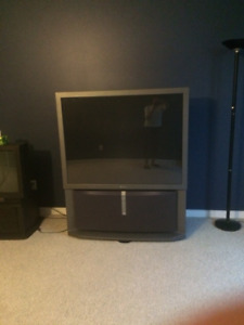 Free Sony Projectioin TV - pick up only!!
