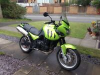 Triumph Tiger 955i motorbike/motorcycle 995cc