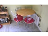 Round Kitchen/Diner Table & 4 Chairs