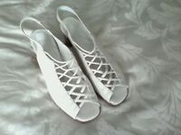 2 Pairs of Ladies shoes size 7