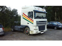Left hand drive DAF XF 95 430 Space cab tractor unit. Manual gearbox. Intarder.