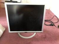 "dell 1901FP monitor, vga/DVI, usb hub, 15""x12"" screen size"