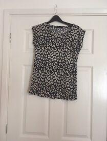 Leopard print tshirt size 10