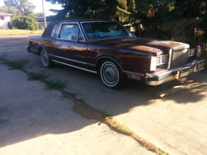 1980 Lincoln Town Car Coupe