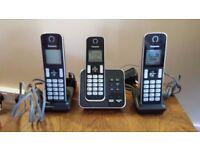 Set of 3 Panasonic Cordless phones with Answer Machine