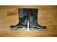 Wellington boots size UK 10 (45)
