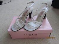Silver dress sandles