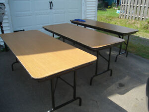 Used folding tables