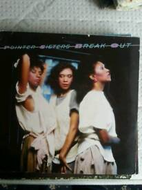 Pointer sisters break out