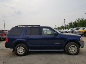 2005 Ford Explorer XLT--4X4---DRIVES EXCELLENT---NEWER TIRES