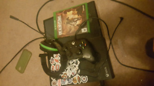 500gb xbox one used +new headset + wired controller+dead rising4