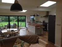 Double room topsham to rent with parking soul use of bathroom