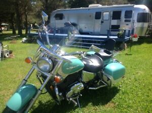 selling 1998 Honda Shadow ACE Tourer