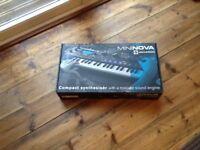 Mininova compact synthesiser