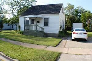Homes for Sale in Central, Fort Erie, Ontario $189,900