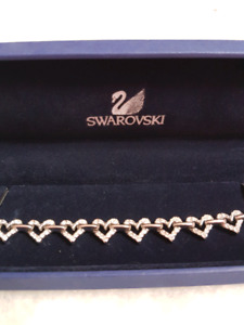 Authentic swarovski crystal heart bracelet