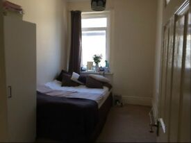 Big Size Room + Personal Bathroom ( BH2 5DZ ) £485 month All Inclusive!