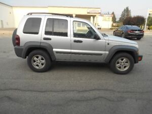 2006 Jeep Liberty CDR Auto 4x4 Diesel 117000KMS  New Tiers