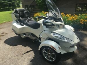 Can-Am spyder RT limited 2012 blanc perle