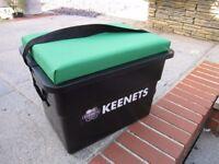 Keenets fishing tackle box/seat