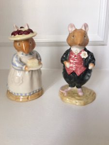 Pair of Royal Doulton Figurines from Brambly Hedge Collection