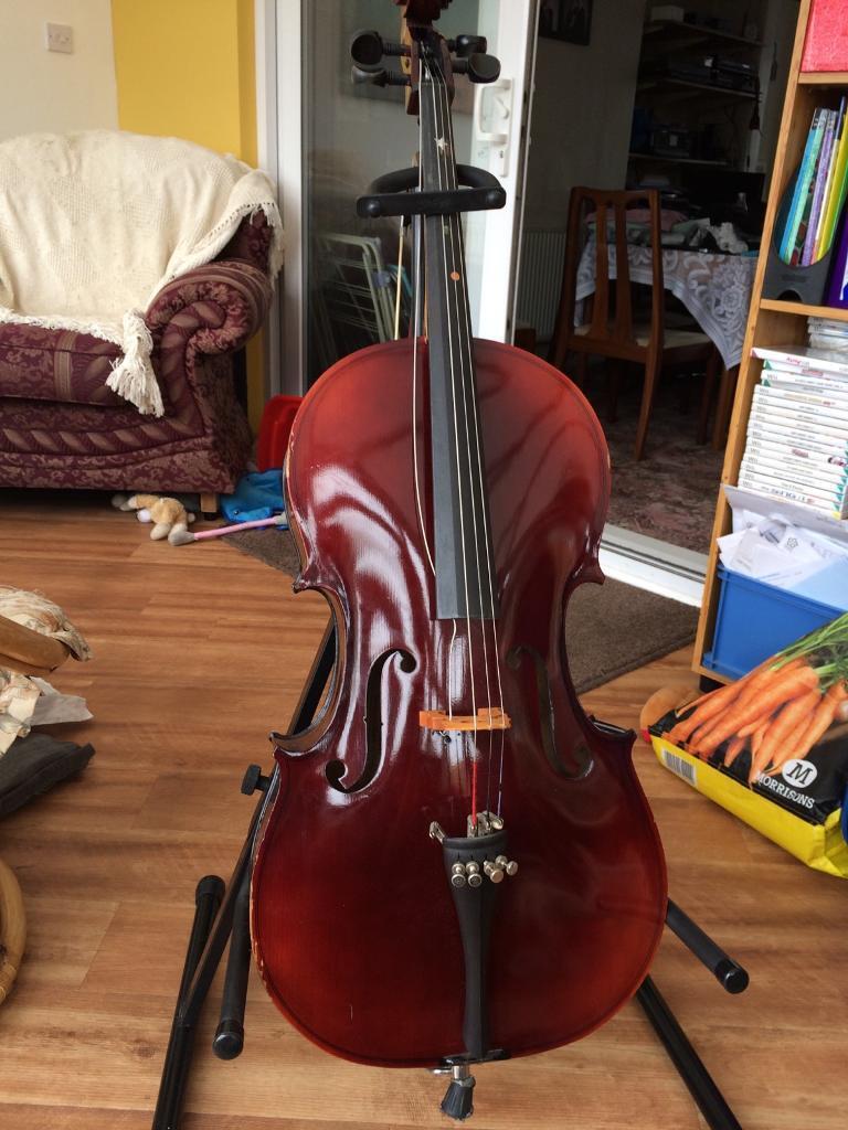 Cello 1/2 size