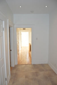Beautiful renovated 4.5 for rent Mile-End