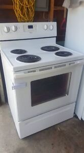 Electric Stove 4 years old