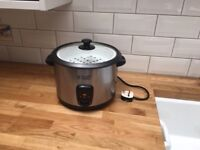 Rice Cooker - as new, fully functional, Russell and Hobbs