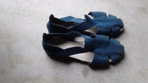 Summer ladies shoes size 9