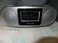 TECHNIKA DAB RADIO & CD-R/RW PLAYER & Clock - Mains Powered