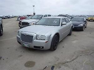 2006 Chrysler 300-Series Sedan Fully loaded with leather