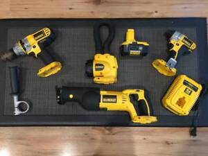 DeWalt 4 tool 18v combo - with all accessories