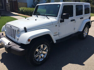 MINT 2015 JEEP WRANGLER Unlimited Sahara AS NEW 9088km