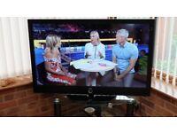 Lowe Xelos46 TV