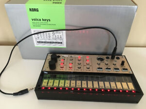 Korg Volca Keys - Analog Loop Synth w/Sequencer