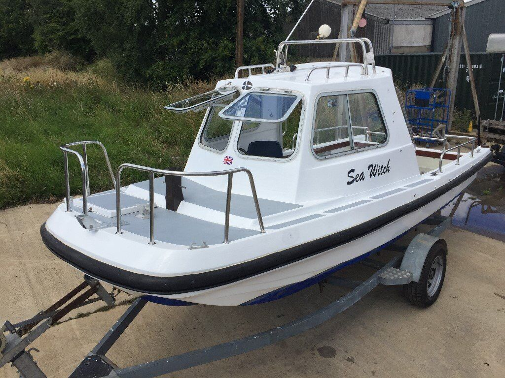 19ft wilson flyer fast fishing boat very rare version for Fast fishing boats