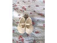 Girls Shoes 3-4