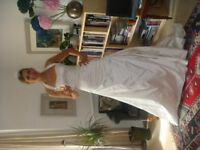 Beautiful Martina Liana size 10-14 tall silk wedding dress with train