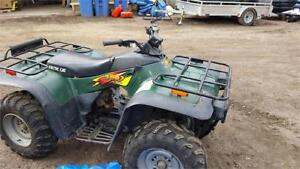1999 ARCTIC CAT 300, 4X4 IN VERY GOOD CONDITION READY TO RIDE