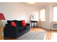 1 BEDROOM PURPOSE BUILT FLAT WITHIN 5 MINUTES WALK TO KILBURN UNDERGROUND AVAILABLE NOW