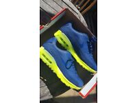 BRAND NEW NIKE AIR MAX 90 ULTRA SIZE 6. VERY RARE/EXCLUSIVE/LIMITED EDITION. NEVER BEEN WORN