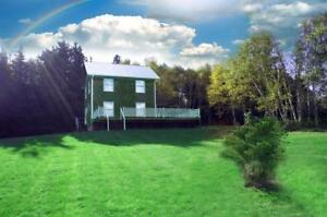 3 Bedroom Fully Winterized, Modern Cottage - Lower Montague