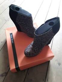Brand new leopard River Island heels