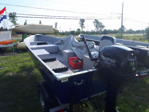 14' 15 hp Electric start  trailer package