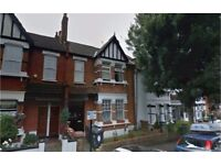 Leyton E10. Light, Modern & Spacious 3 Bed Furnished Flat in Lovely Period Conversion