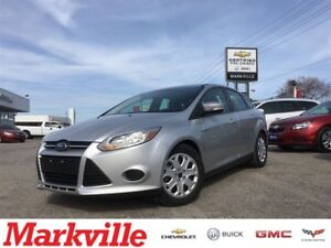 2014 Ford Focus SE -ONE OWNER - LIKE NEW -MINT - CERTIFIED- TRAD