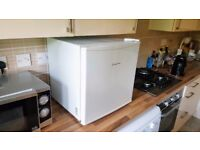 Russell Hobbs RHTTFZ1 Tabletop Freezer Like New
